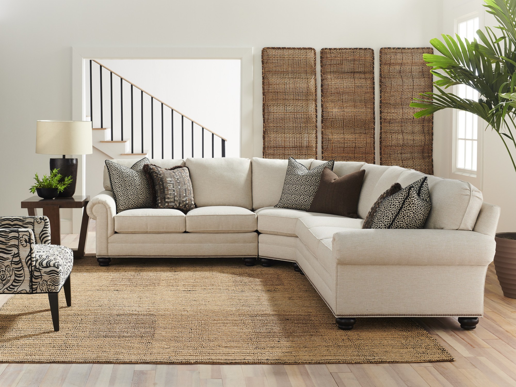 6400_Sectional_228471_WS